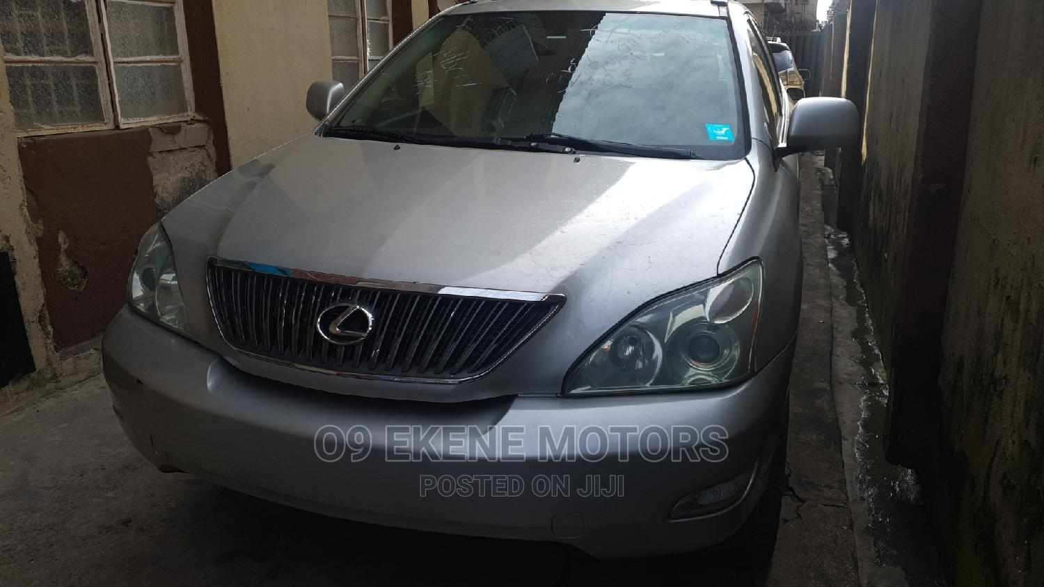 Lexus RX 2005 330 Silver | Cars for sale in Isolo, Lagos State, Nigeria