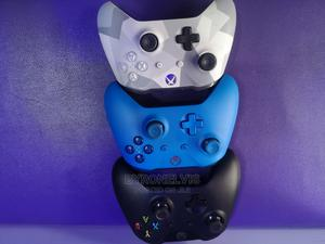 Microsoft Xbox One Pads | Video Game Consoles for sale in Lagos State, Victoria Island