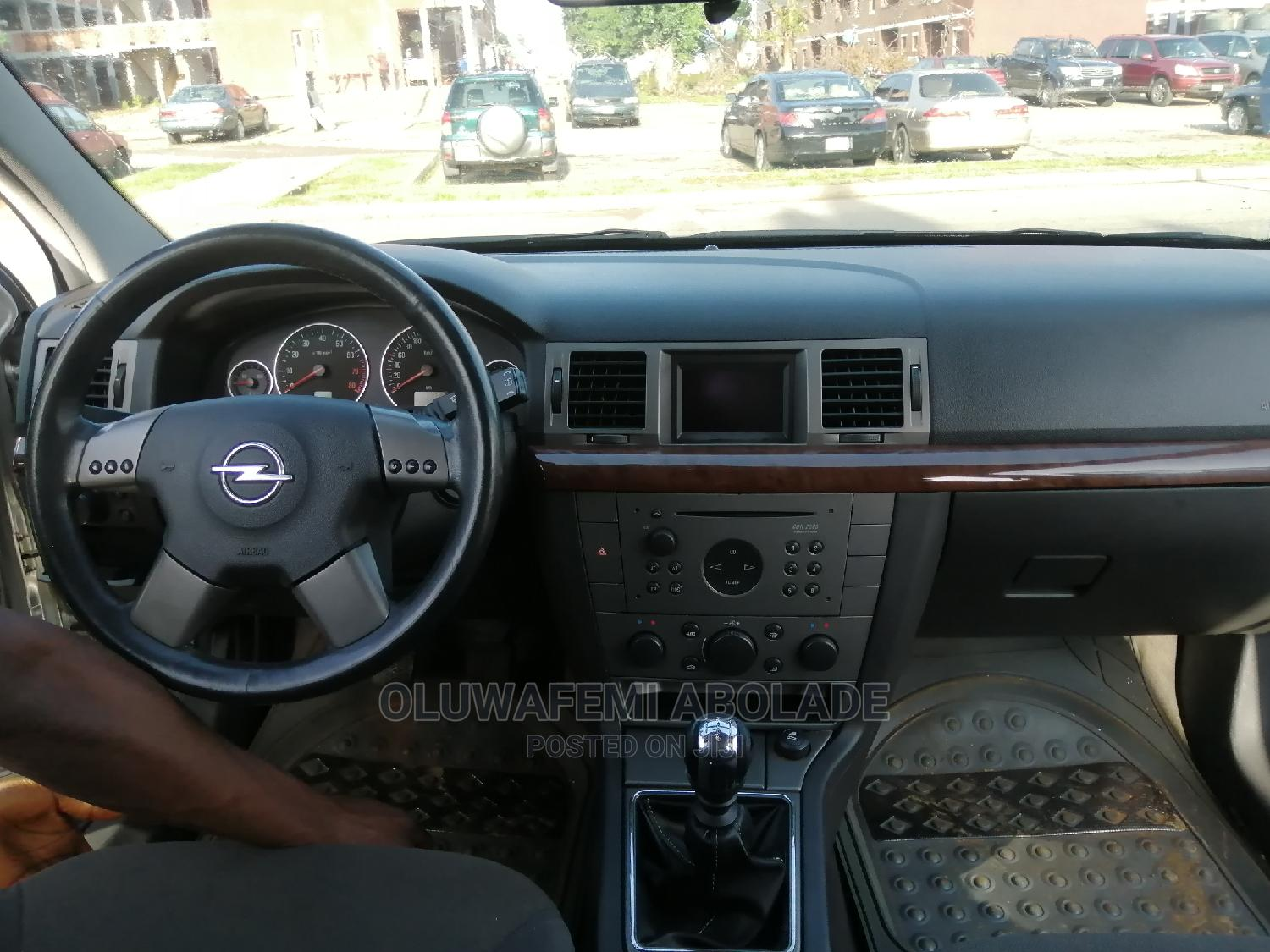 Opel Vectra 2005 2.2 DTI Silver | Cars for sale in Asokoro, Abuja (FCT) State, Nigeria