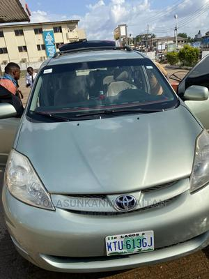 Toyota Sienna 2006 XLE FWD Green   Cars for sale in Oyo State, Ibadan