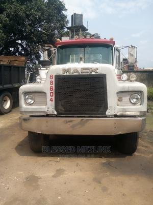 Mack Tractor Head 12 Valve Engine | Trucks & Trailers for sale in Abia State, Aba North