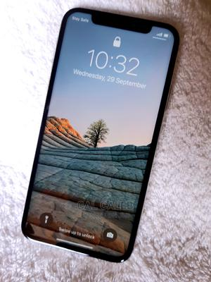 Apple iPhone X 64 GB White   Mobile Phones for sale in Abuja (FCT) State, Karu