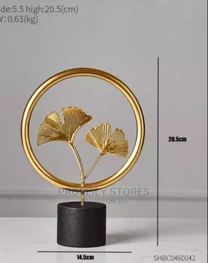 Round Leaf Table Decor . Price: 6,500 | Home Accessories for sale in Lagos State, Surulere