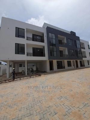 2bdrm Apartment in in a Gated Estate, Agungi for Sale   Houses & Apartments For Sale for sale in Lekki, Agungi