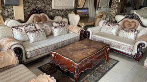 Luxury Sofas With Center Table Mixed Sliver and Brown Table | Furniture for sale in Lagos State, Ojo