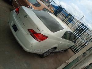 Toyota Avalon 2007 Limited White | Cars for sale in Lagos State, Ejigbo