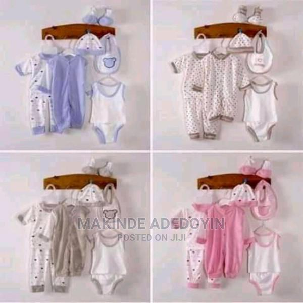 A New 8 in 1 Baby Unisex Clothes