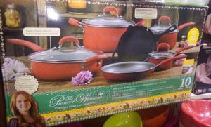 The Pioneer Woman Fromtier Speckle Red-Rouge Cookware Set | Kitchen & Dining for sale in Lagos State, Alimosho