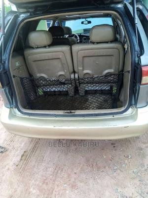 Toyota Sienna 2001 LE Blue | Cars for sale in Ebonyi State, Ivo