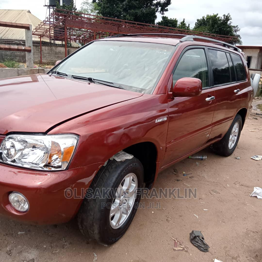 Archive: Toyota Highlander 2007 Red