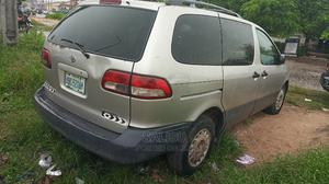 Toyota Sienna 2002 Silver   Cars for sale in Lagos State, Amuwo-Odofin