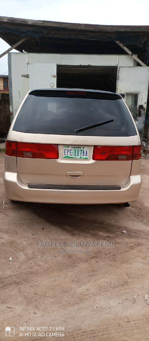 Honda Odyssey 2000 Gold   Cars for sale in Lagos State, Alimosho