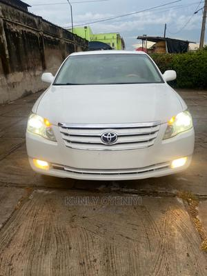 Toyota Avalon 2006 Limited White | Cars for sale in Lagos State, Maryland