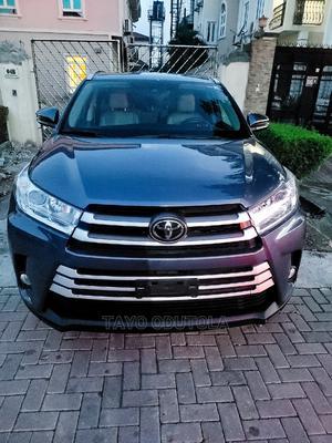 Toyota Highlander 2018 XLE 4x4 V6 (3.5L 6cyl 8A) Blue   Cars for sale in Lagos State, Lekki