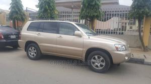 Toyota Highlander 2005 V6 4x4 Gold | Cars for sale in Lagos State, Yaba