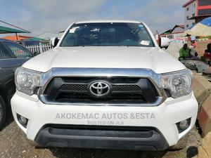 Toyota Tacoma 2012 Double Cab V6 Automatic White | Cars for sale in Lagos State, Ikeja