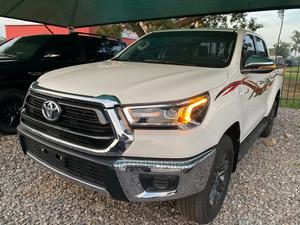 Toyota Hilux 2010 2.0 VVT-i White | Cars for sale in Abuja (FCT) State, Wuse 2