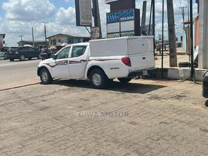 Mitsubishi L300 2012 Double Cab 2.5 136hp 4WD White   Buses & Microbuses for sale in Ogun State, Abeokuta South