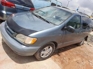 Toyota Sienna 2001 CE Blue | Cars for sale in Oyo State, Oluyole