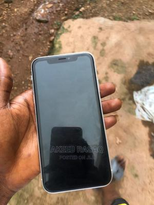 Apple iPhone XR 64 GB White   Mobile Phones for sale in Oyo State, Ibadan