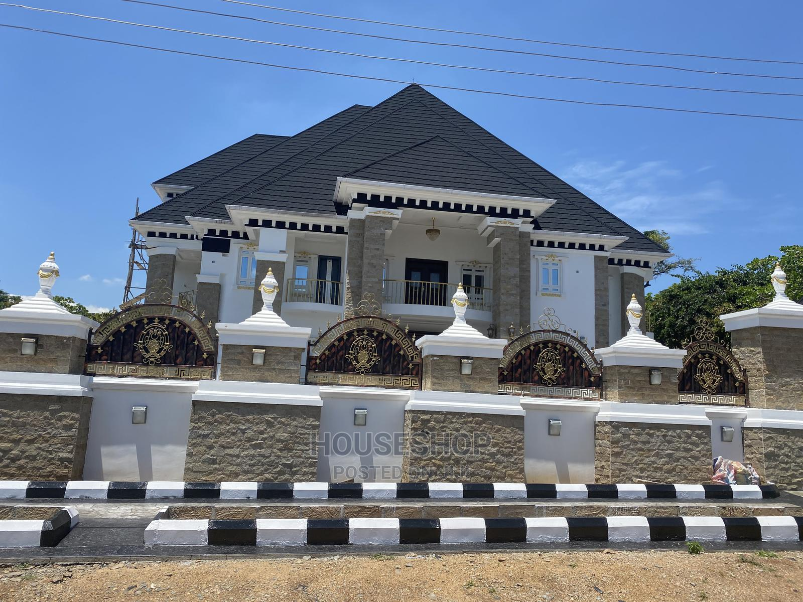 7bdrm Mansion in Diplomatic Zone, Katampe for Sale