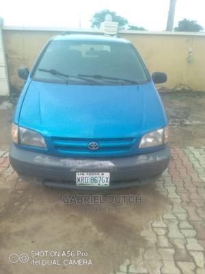 Toyota Sienna 2000 LE & 1 Hatch Blue | Cars for sale in Oyo State, Ibadan