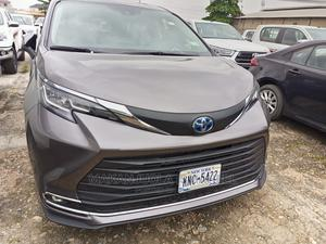 New Toyota Sienna 2021 Platinum 7-Passenger AWD Gray   Cars for sale in Lagos State, Alimosho
