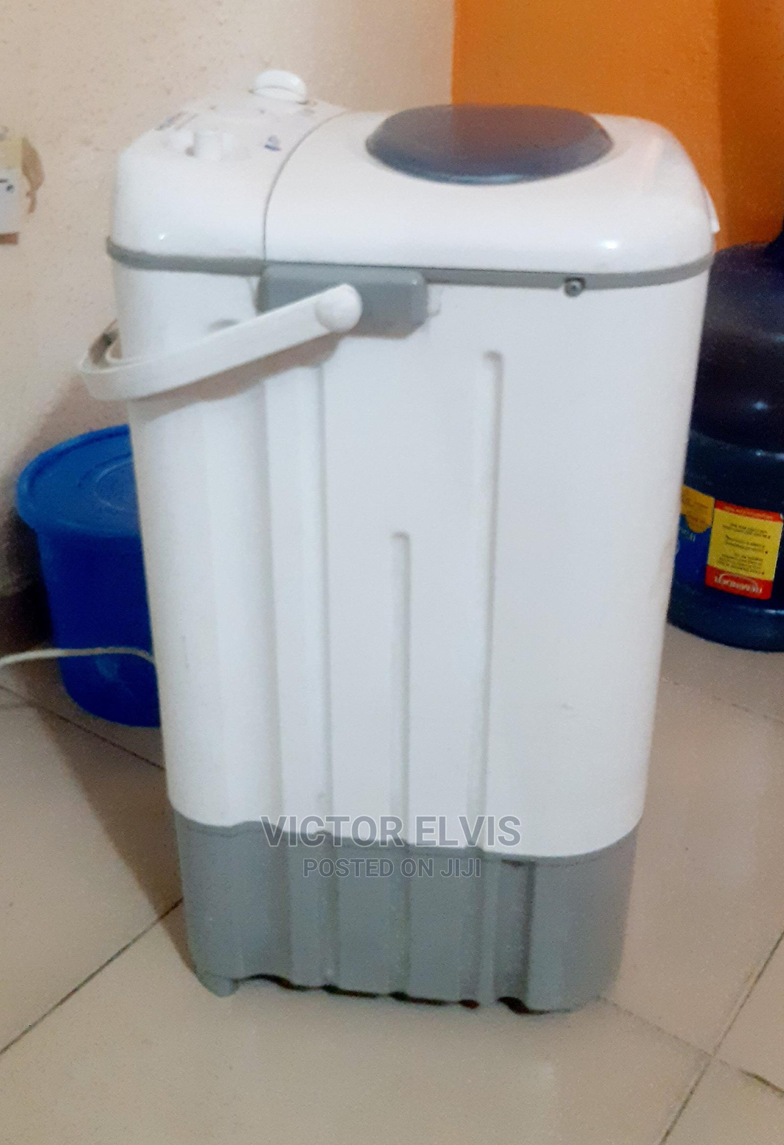 Archive: Washing Machine in Good Condition