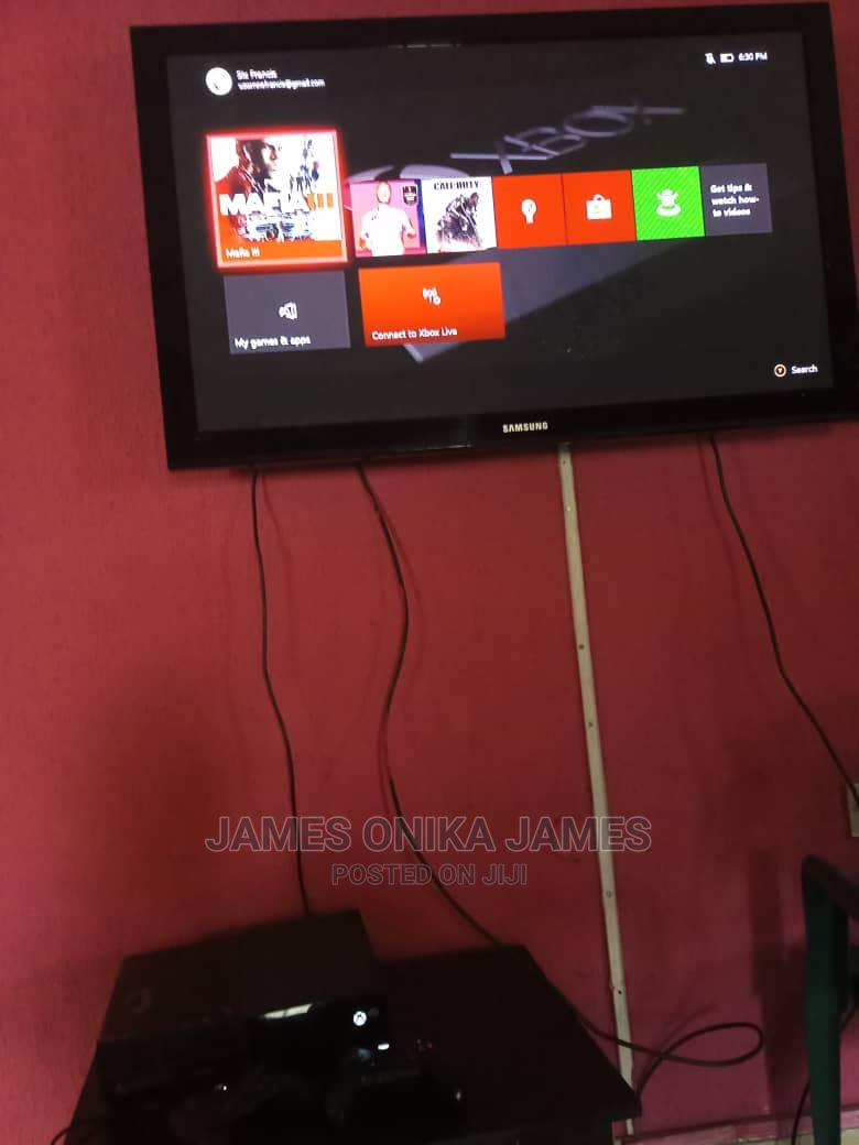 Xbox One With FIFA22 | Video Game Consoles for sale in Port-Harcourt, Rivers State, Nigeria