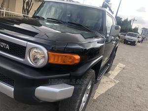 Toyota FJ Cruiser 2007 Base 4x4 Black | Cars for sale in Lagos State, Ogba