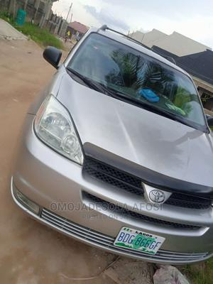 Toyota Sienna 2005 Silver | Cars for sale in Oyo State, Ibadan