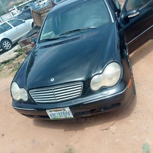 Mercedes-Benz C240 2002 Black | Cars for sale in Abuja (FCT) State, Gwarinpa