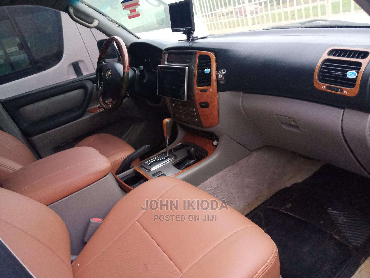 Toyota Land Cruiser 2008 5.7 V8 VX-S Gray | Cars for sale in Central Business District, Abuja (FCT) State, Nigeria