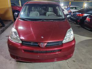 Toyota Sienna 2004 Red | Cars for sale in Lagos State, Ogba