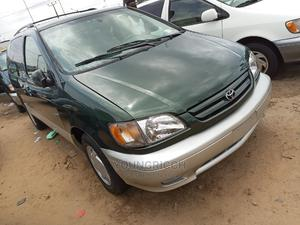 Toyota Sienna 2001 LE Green   Cars for sale in Lagos State, Apapa