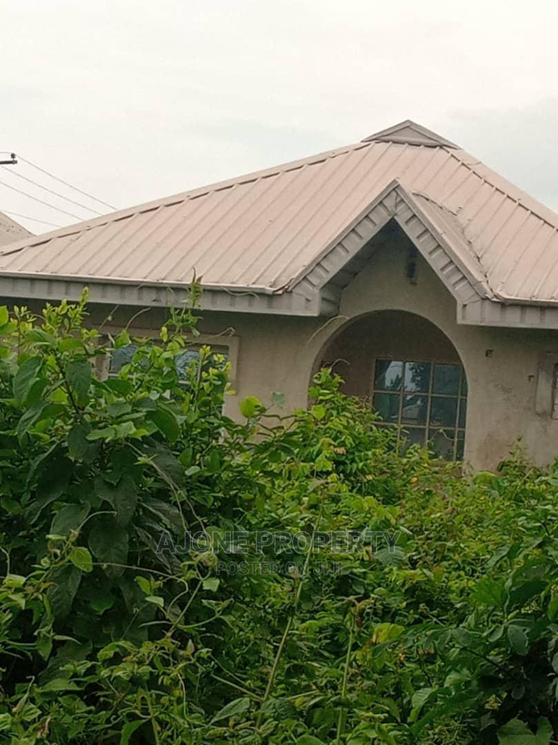 For Sale, a Plot of Land at (Agodongbo Luck Firber Ikorodu | Land & Plots For Sale for sale in Ikorodu Garage, Ikorodu, Nigeria