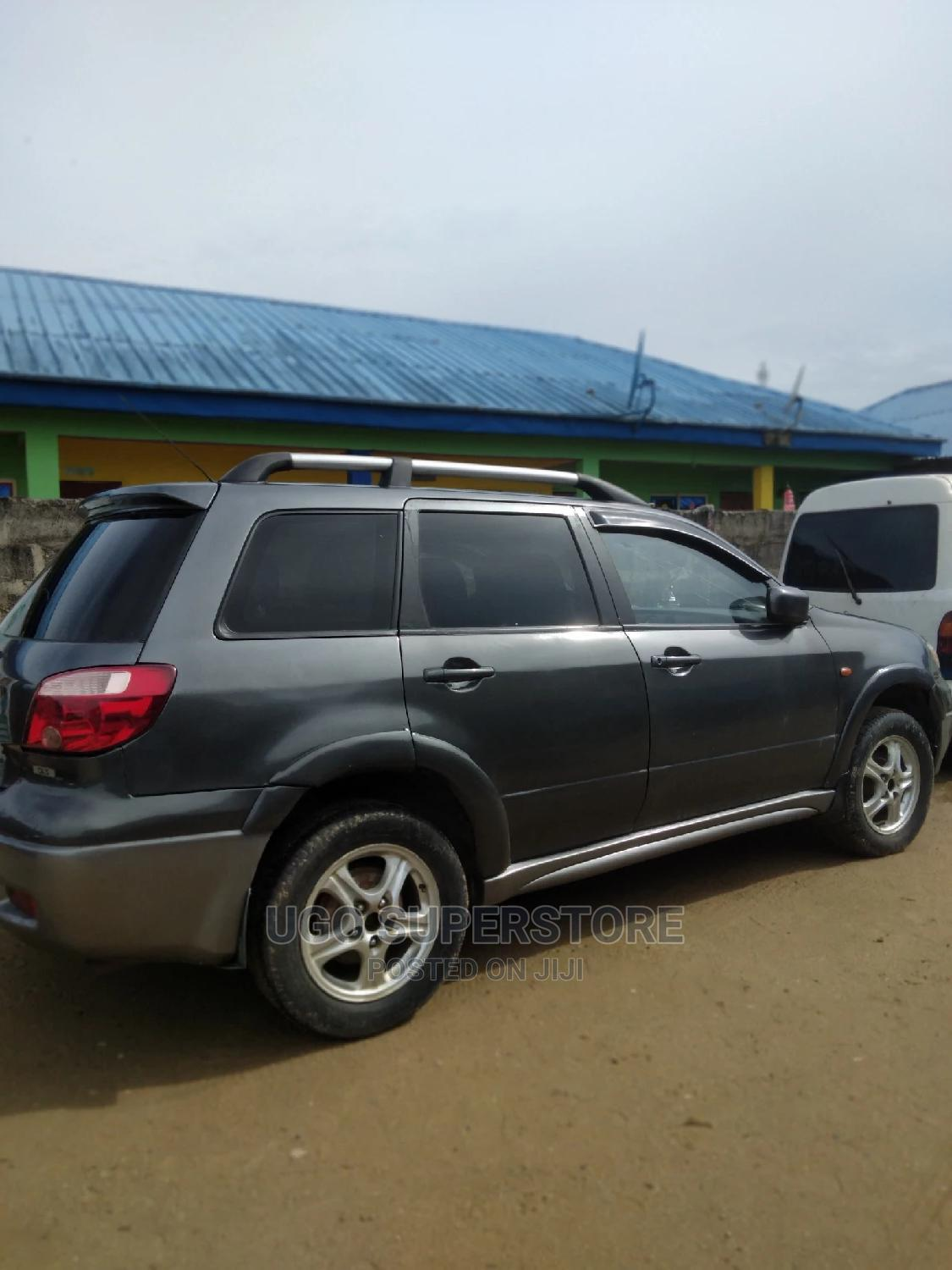 Mitsubishi Outlander 2006 2.4i GLS Automatic Gray | Cars for sale in Port-Harcourt, Rivers State, Nigeria