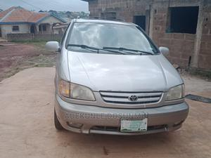 Toyota Sienna 2000 LE & 1 hatch Gold | Cars for sale in Ogun State, Abeokuta South