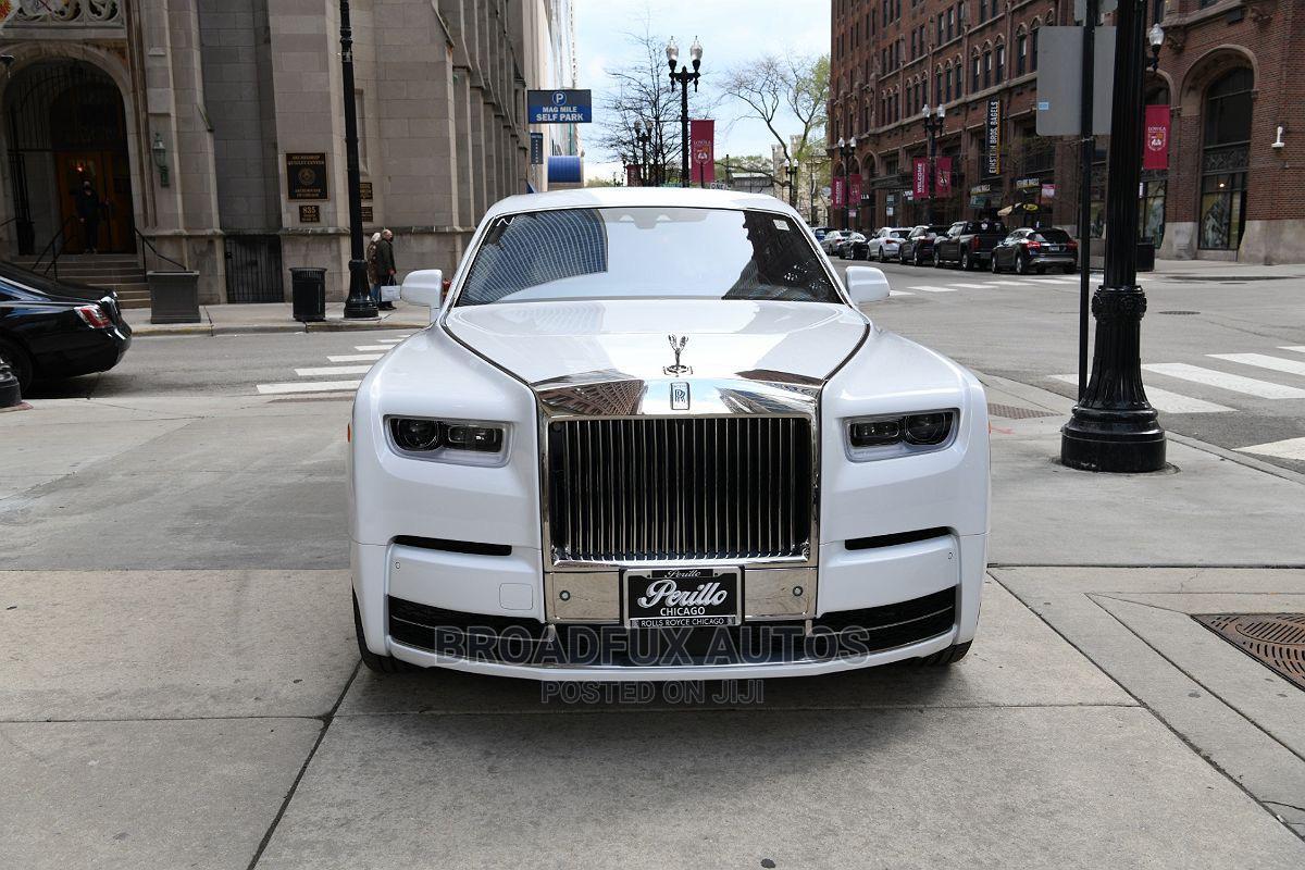 New Rolls-Royce Phantom 2021 White