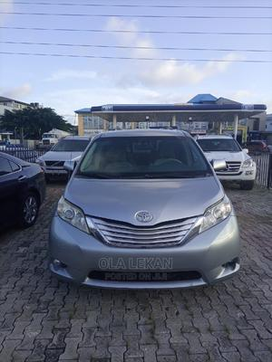 Toyota Sienna 2011 LE 7 Passenger Gray | Cars for sale in Lagos State, Lekki