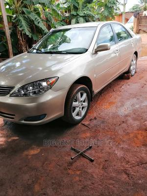Toyota Camry 2004 Gold   Cars for sale in Edo State, Benin City