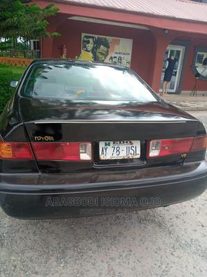 Toyota Camry 1999 Automatic Black | Cars for sale in Edo State, Benin City