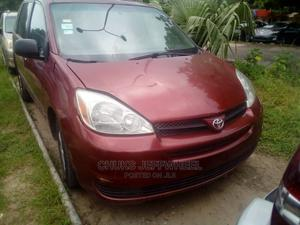 Toyota Sienna 2004 LE FWD (3.3L V6 5A) Red | Cars for sale in Lagos State, Isolo