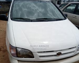 Toyota Sienna 2000 LE & 1 hatch White | Cars for sale in Imo State, Owerri