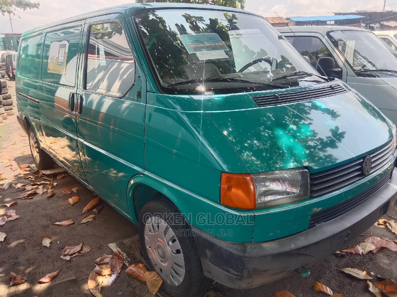 Green Vockswagen Transporter