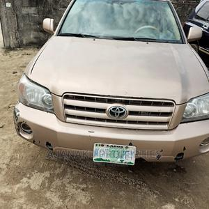 Toyota Highlander 2005 V6 Gold   Cars for sale in Lagos State, Ibeju
