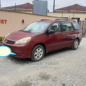 Toyota Sienna 2005 Burgandy | Cars for sale in Lagos State, Lekki