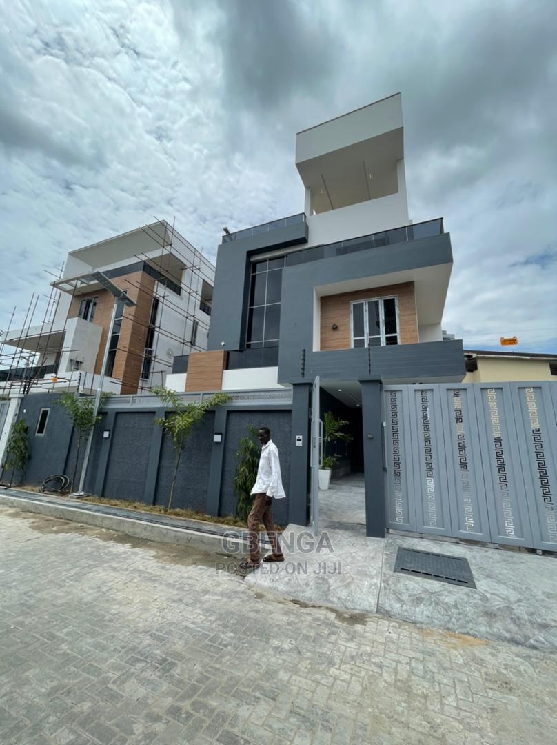 Furnished 6bdrm Duplex in Ikoyi for Sale