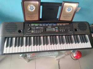 Yamaha Electric Keyboard | Musical Instruments & Gear for sale in Lagos State, Ojodu