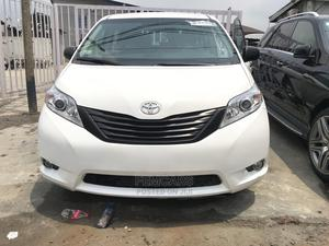 Toyota Sienna 2012 LE 7 Passenger Mobility White | Cars for sale in Lagos State, Ikeja